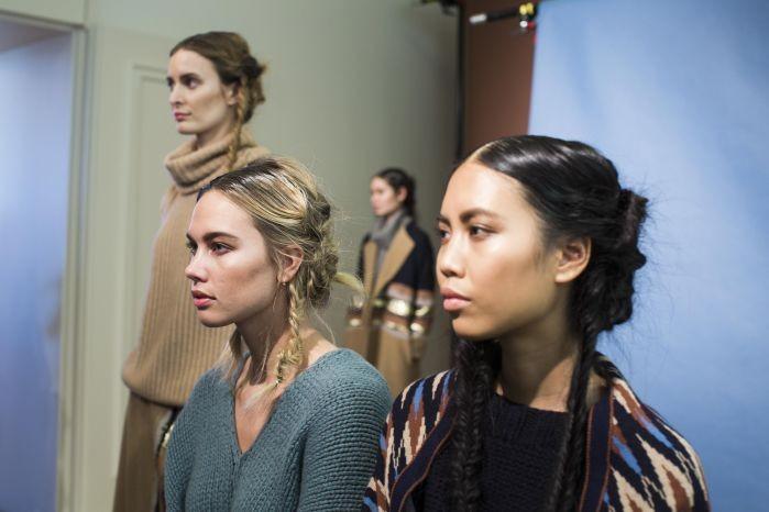 Wella Professionals als Haarpartner für Antonia Zander beim DER BERLINER MODE SALON auf der Berlin Fashion Week am 20.1.2016. Foto: Gero Breloer für WELLA