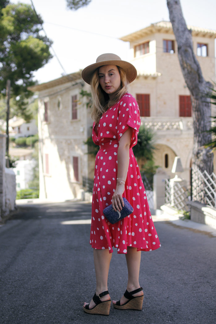 style_taxi_dots_5